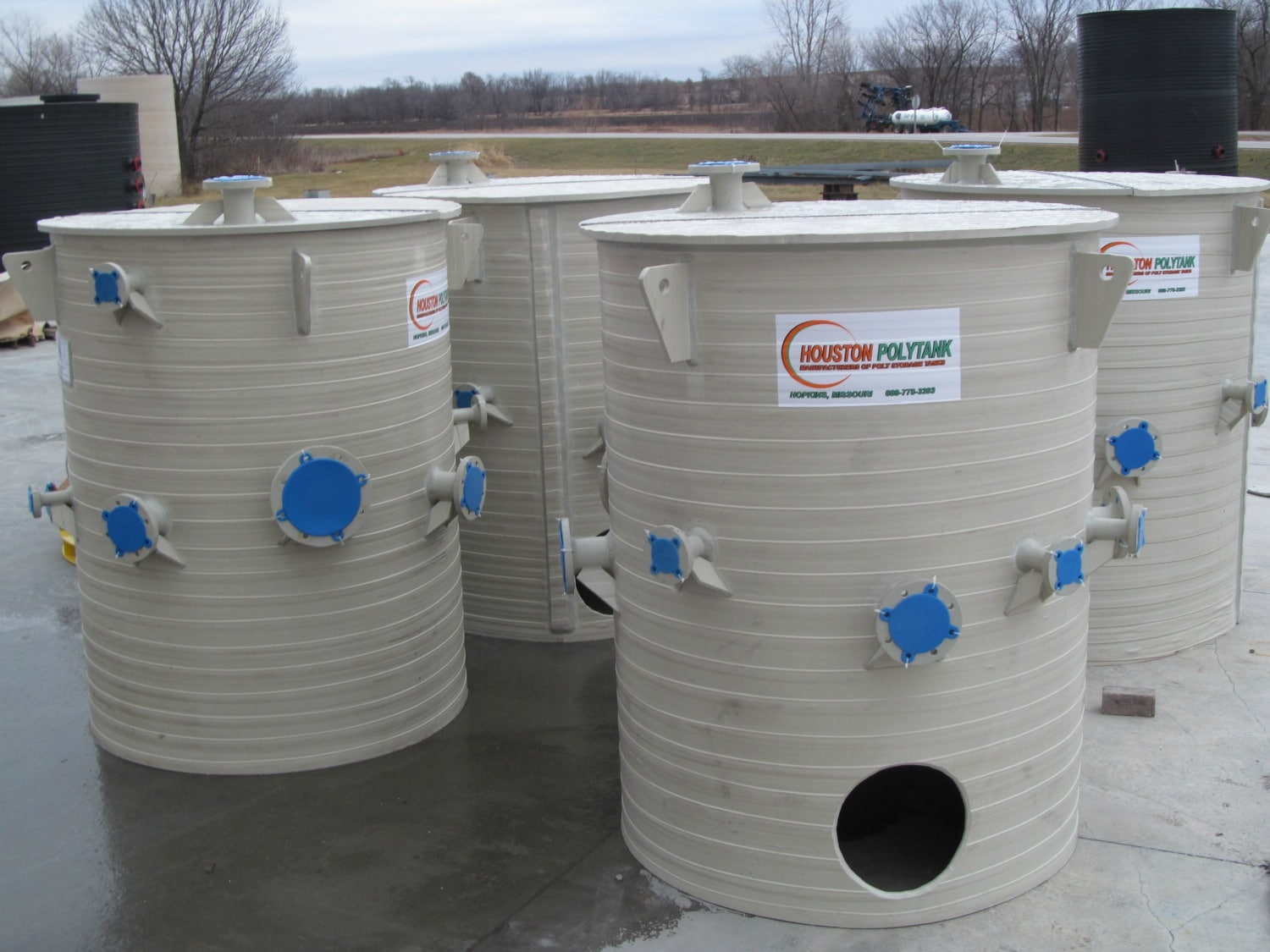 600 GAL Skirted Cone Bottoms